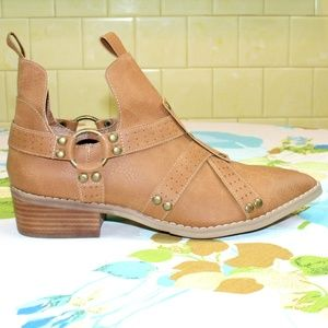 Free People Shoes - ⚡LAST 1!⚡ Studded Harness Pointed Ankle Boot NIB